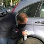 Как удалить царапины на автомобиле своими руками.