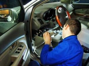 Как установить автосигнализацию своими руками.